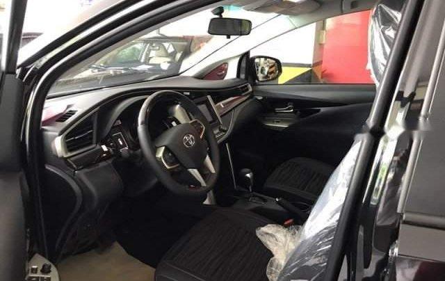 Bán Toyota Innova Venturer năm 2019, màu đen, giá cạnh tranh2