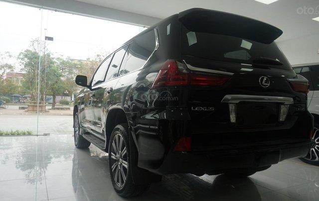 Bán xe Lexus LX 570 năm sản xuất 2015, màu đen, nhập khẩu chính hãng, LH em Hương 09453924689