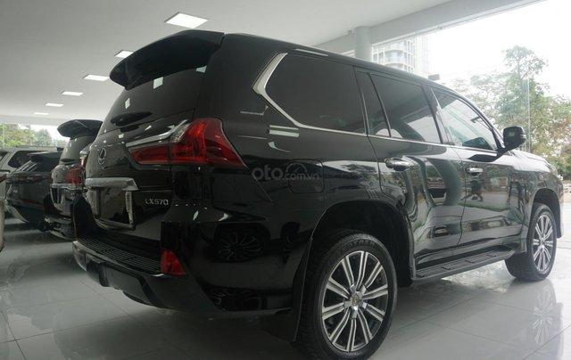 Bán xe Lexus LX 570 năm sản xuất 2015, màu đen, nhập khẩu chính hãng, LH em Hương 094539246818