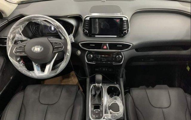 Cần bán Hyundai Santa Fe năm sản xuất 2019, giá chỉ 995 triệu3