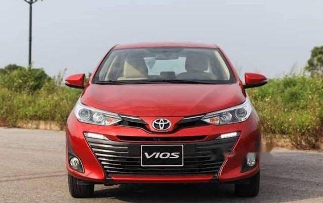 Bán xe Toyota Vios sản xuất năm 2019, màu đỏ0