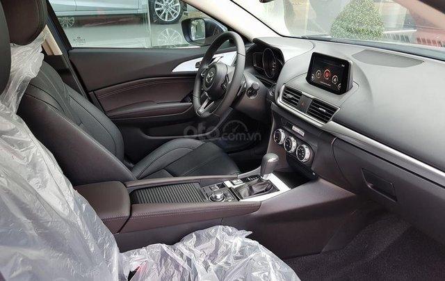 Bán Mazda 3 2.0 sedan 2019 ưu đãi lớn - trả góp 90% - giao xe ngay - Hotline: 09735601378