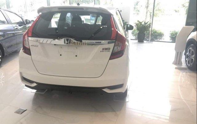 Bán xe Honda Jazz 2019, màu trắng, xe nhập. Ưu đãi hấp dẫn1