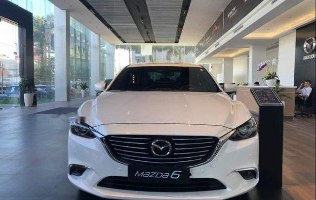 Bán Mazda 6 2.0 Premium sản xuất năm 2019, xe mới hoàn toàn0