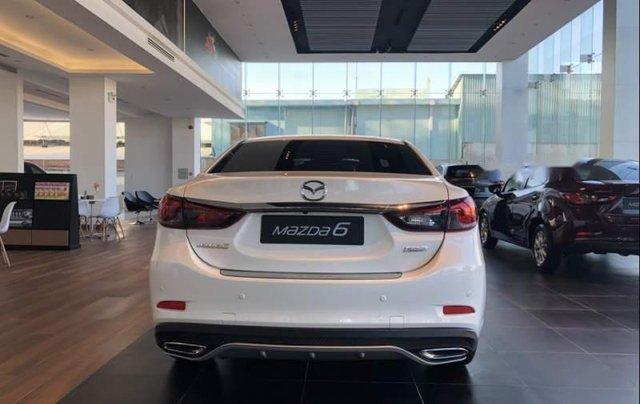 Bán Mazda 6 2.0 Premium sản xuất năm 2019, xe mới hoàn toàn3