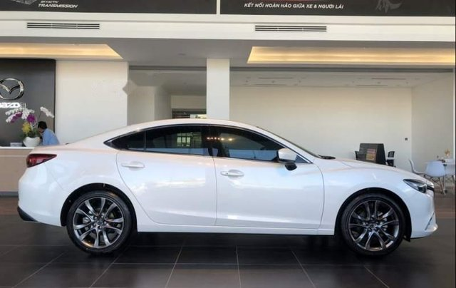 Bán Mazda 6 2.0 Premium sản xuất năm 2019, xe mới hoàn toàn2