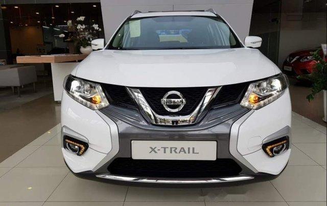 Cần bán xe Nissan X trail 2019, màu trắng0