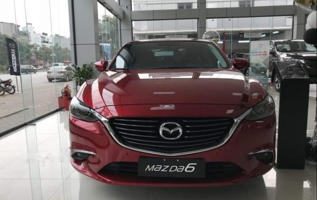 Bán xe Mazda 6 sản xuất 2019, màu đỏ, mới hoàn toàn0