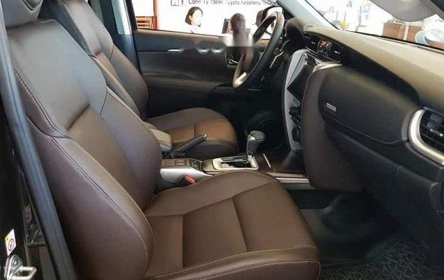 Bán Toyota Fortuner 2.8 AT 2019, màu đen, nhập khẩu nguyên chiếc4