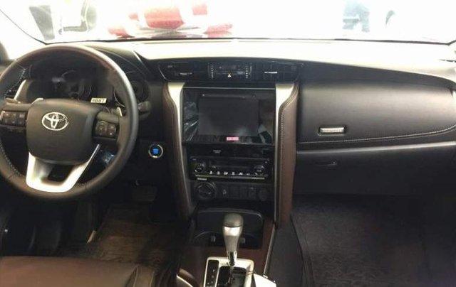 Bán Toyota Fortuner 2.8 AT 2019, màu đen, nhập khẩu nguyên chiếc3