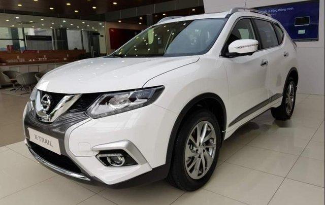 Cần bán xe Nissan X trail 2019, màu trắng1