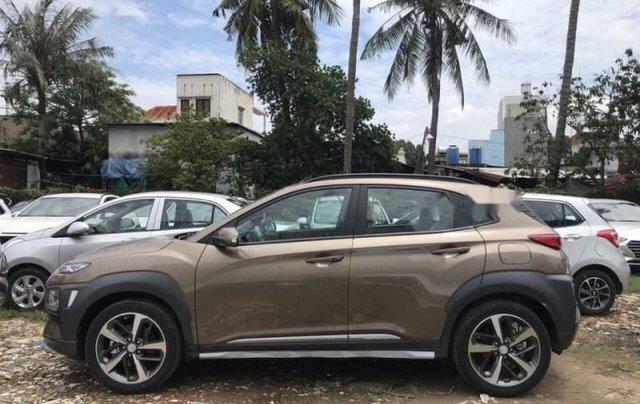 Bán xe Hyundai Kona 2019, màu nâu, 730 triệu2