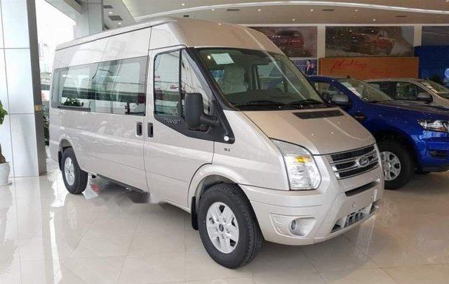 Cần bán xe Ford Transit Limited đời 2019, giá tốt0