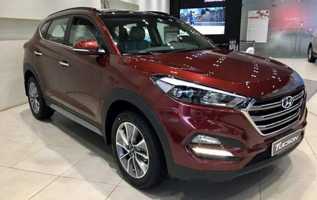 Bán Hyundai Tucson đời 2019, màu đỏ, ưu đãi hấp dẫn0