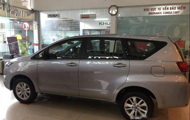 Bán Toyota Innova đời 2019, màu bạc, ưu đãi hấp dẫn1