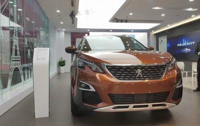 Cần bán xe Peugeot 3008 sản xuất 2019, giao xe nhanh toàn quốc0
