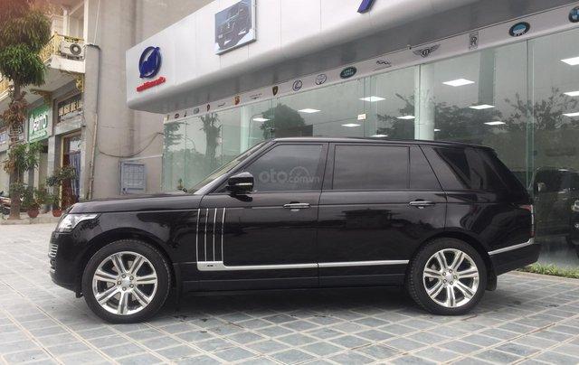 Cần bán xe LandRover Range Rover SV Autobiography model 2016, màu đen, xe cực chất, odo zin 10.000km1