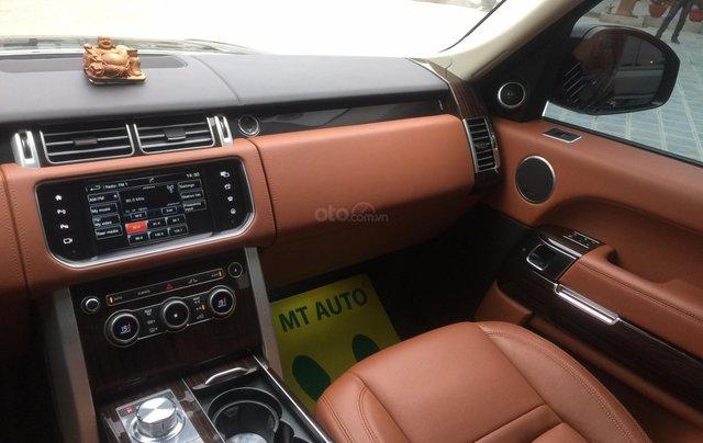 Cần bán xe LandRover Range Rover SV Autobiography model 2016, màu đen, xe cực chất, odo zin 10.000km3