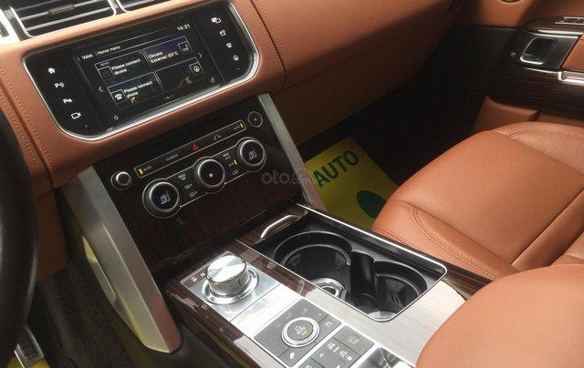 Cần bán xe LandRover Range Rover SV Autobiography model 2016, màu đen, xe cực chất, odo zin 10.000km8