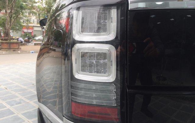 Cần bán xe LandRover Range Rover SV Autobiography model 2016, màu đen, xe cực chất, odo zin 10.000km18