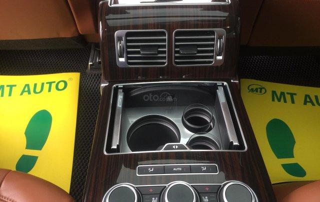 Cần bán xe LandRover Range Rover SV Autobiography model 2016, màu đen, xe cực chất, odo zin 10.000km20