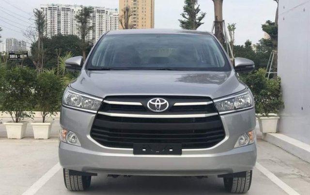 Cần bán Toyota Innova năm 2019, màu xám, giá tốt2