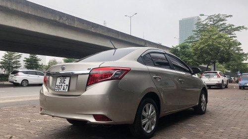 Bán Toyota Vios 1.5 AT đời 2016, màu vàng, giá 525tr3