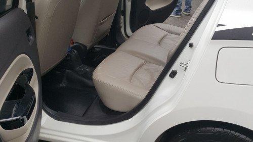 Bán xe Mitsubishi Attrage 1.2 AT đời 2017, màu trắng, nhập khẩu7