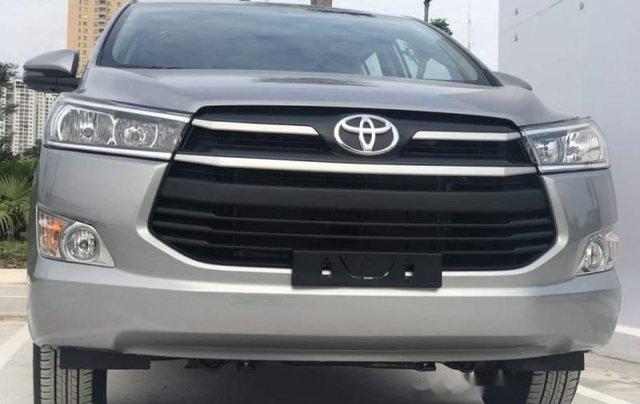 Cần bán Toyota Innova năm 2019, màu xám, giá tốt3