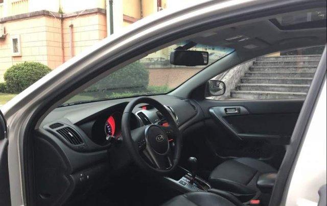 Cần bán Kia Forte Sli 2010, màu bạc, xe nhập3