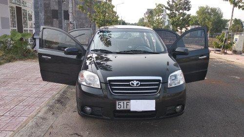 Cần bán Daewoo Gentra MT sản xuất năm 2008 xe gia đình0