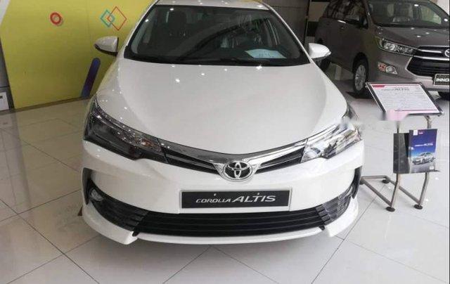 Bán xe Toyota Corolla altis 1.8G sản xuất 2019, màu trắng0