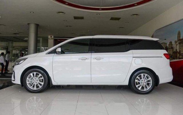 Bán Kia Sedona 2019, màu trắng, nhập khẩu0