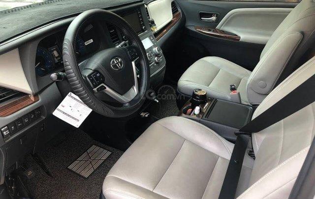 Cần bán xe Toyota Sienna Limited 3.5 sản xuất năm 2018, màu trắng, xe nhập3