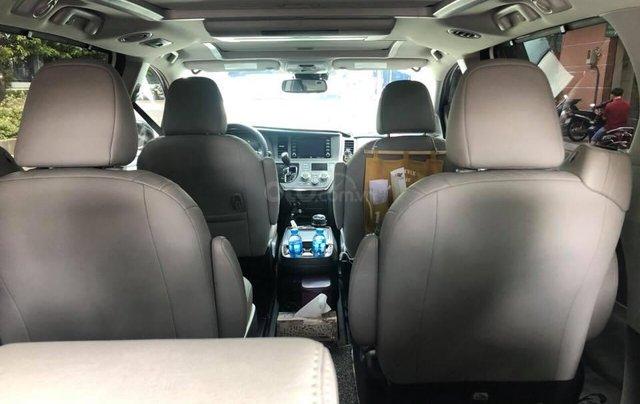 Cần bán xe Toyota Sienna Limited 3.5 sản xuất năm 2018, màu trắng, xe nhập7
