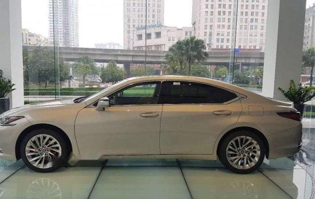 Bán Lexus ES 250 đời 2019, màu vàng cát, nhập khẩu3
