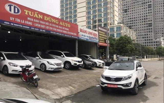 Cần bán xe Kia Sportage sản xuất năm 2011, màu trắng, nhập khẩu nguyên chiếc, giá chỉ 585 triệu0