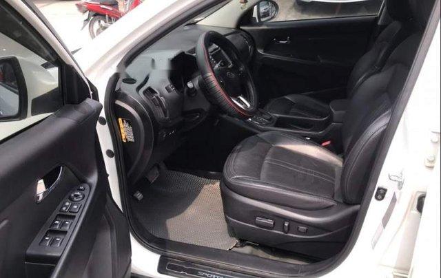 Cần bán xe Kia Sportage sản xuất năm 2011, màu trắng, nhập khẩu nguyên chiếc, giá chỉ 585 triệu3