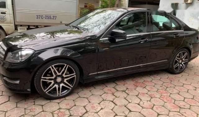 Cần bán Mercedes C300 AMG đời 2013, màu đen