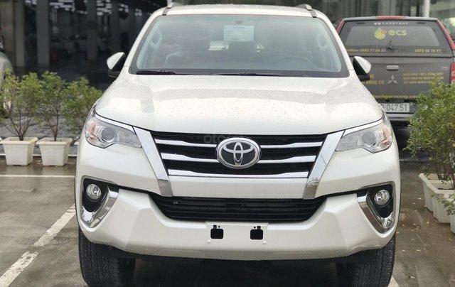 Bán Fortuner 2.7 V máy xăng, số tự động - NK Indonesia, xe mới 100%, giá tốt - LH 09424568380