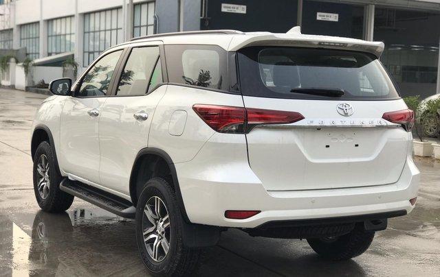 Bán Fortuner 2.7 V máy xăng, số tự động - NK Indonesia, xe mới 100%, giá tốt - LH 09424568382