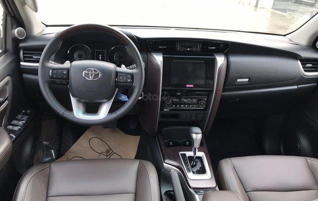 Bán Fortuner 2.7 V máy xăng, số tự động - NK Indonesia, xe mới 100%, giá tốt - LH 09424568383