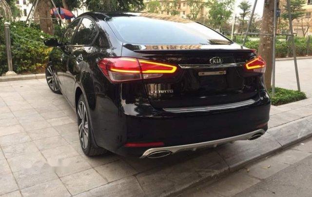 Cần bán Kia Cerato sản xuất năm 2018, màu đen5