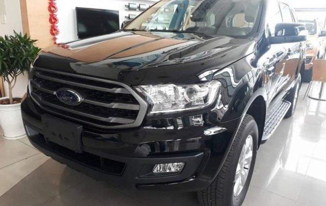 Bán xe Ford Everest đời 2019, màu đen, nhập khẩu0