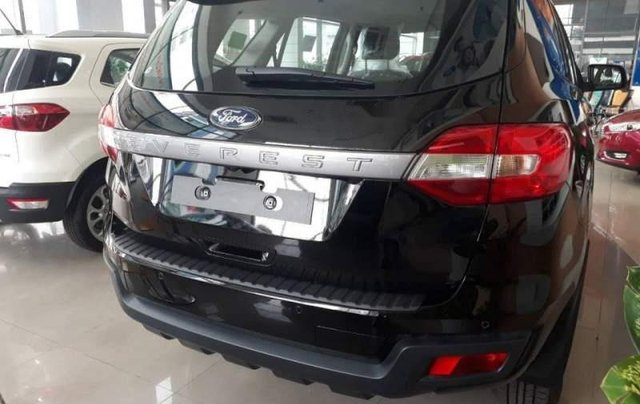 Bán xe Ford Everest đời 2019, màu đen, nhập khẩu3