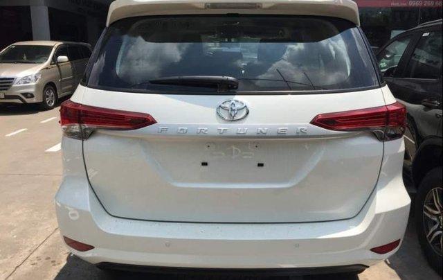 Cần bán xe Toyota Fortuner 2.4MT năm 2019, xe nhập, giao nhanh toàn quốc2