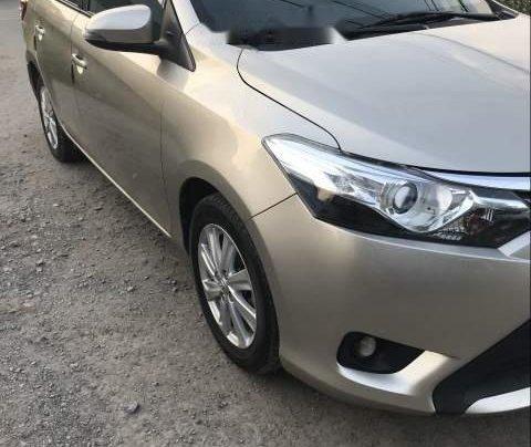 Cần bán gấp Toyota Vios sản xuất 2016, màu vàng còn mới, 429tr1