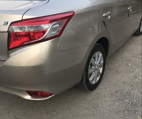 Cần bán gấp Toyota Vios sản xuất 2016, màu vàng còn mới, 429tr2