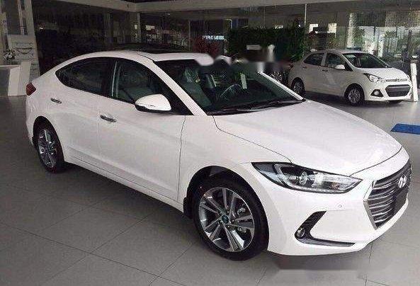 Bán Hyundai Elantra đời 2019, nhập khẩu nguyên chiếc, giá tốt, giao nhanh4