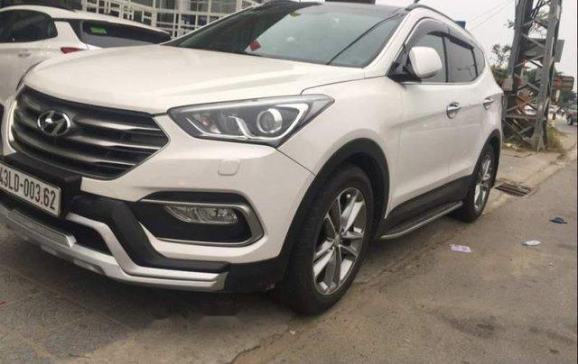 Bán Hyundai Santa Fe 2017, màu trắng còn mới4